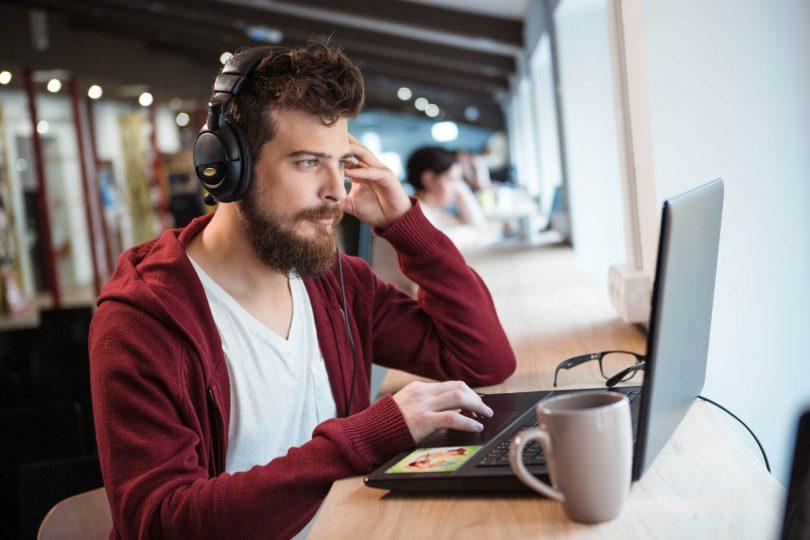 por-que-contratar-profissionais-para-fazer-transcricao-de-audio.jpeg