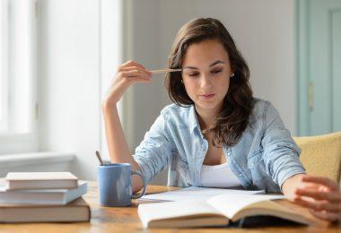6-fatores-importantes-na-hora-de-traduzir-obras-literarias.jpeg